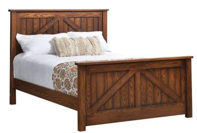 Mountain%20lodge%20queen%20bed%20with%20hight%20footboard