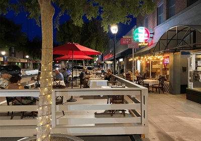 Outdoor dining covid downtown roseville