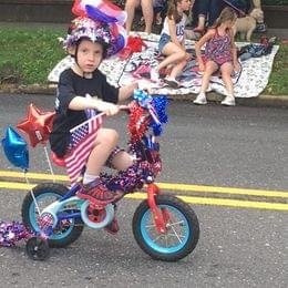 Tj peppler winner mem day bike decorating contest 2016 e1465254961211